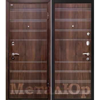 Дверь МеталЮр M1 (темный орех)